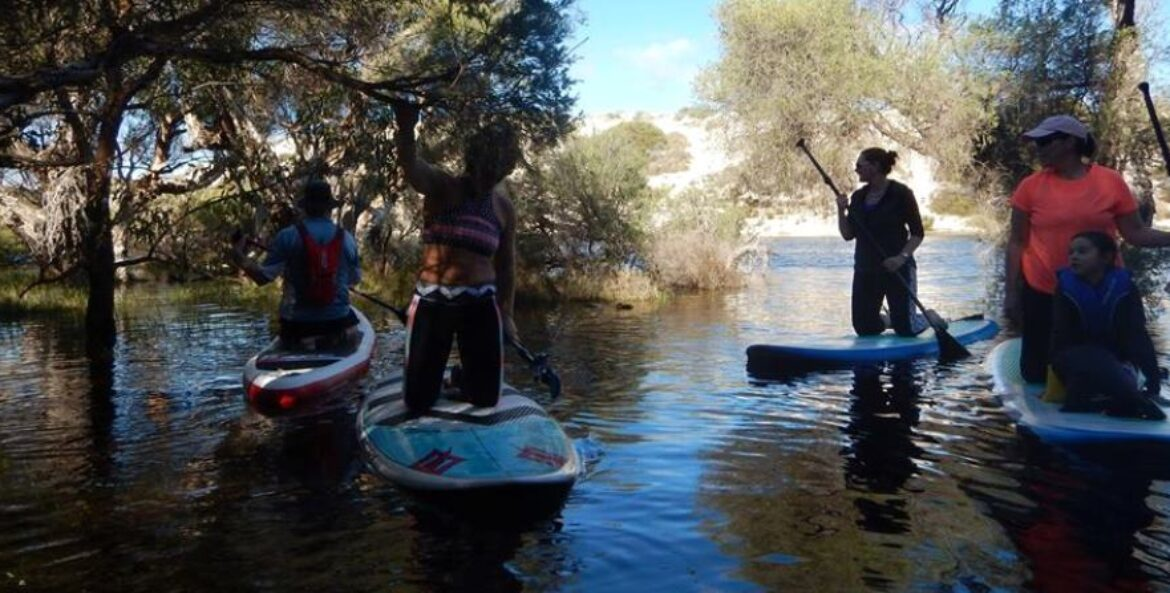 "NEW YEARS DAY!!! ""STAND UP PADDLE"" MOORE RIVER!!"
